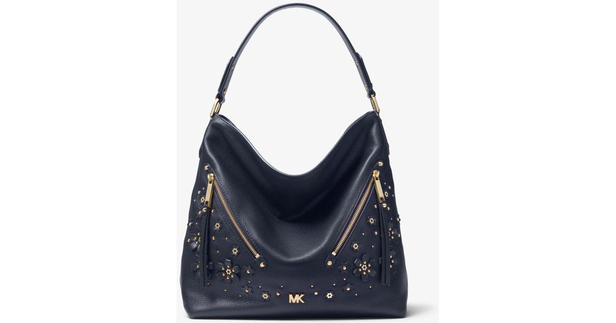 b93b60ee76ba0d Michael Kors Evie Large Floral Embellished Pebbled Leather Shoulder Bag -  Lyst