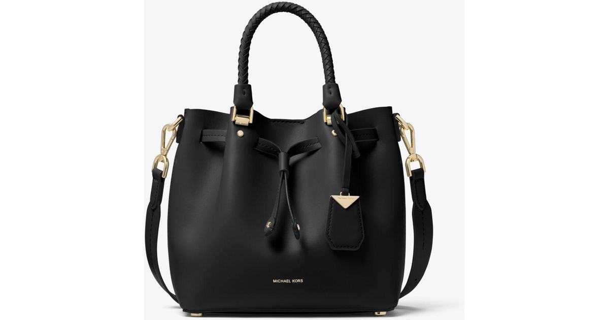80b4ec6955c8 Michael Kors Blakely Small Leather Bucket Bag in Black - Lyst