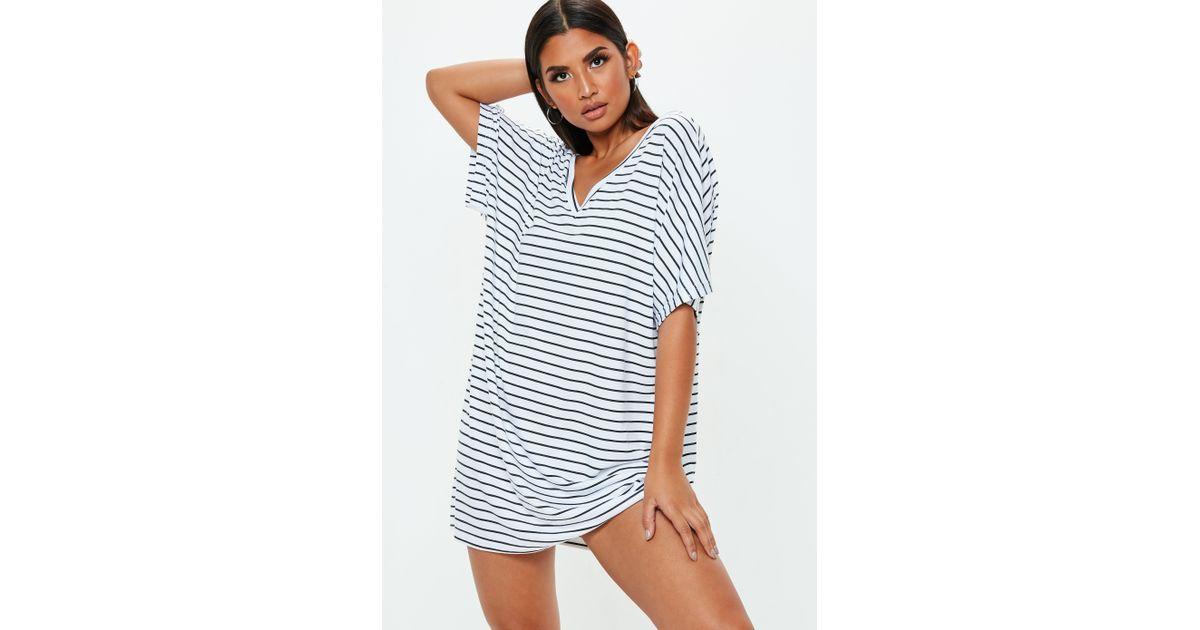 8670b07d2b7 Missguided White V Neck Stripe T Shirt Dress in White - Lyst