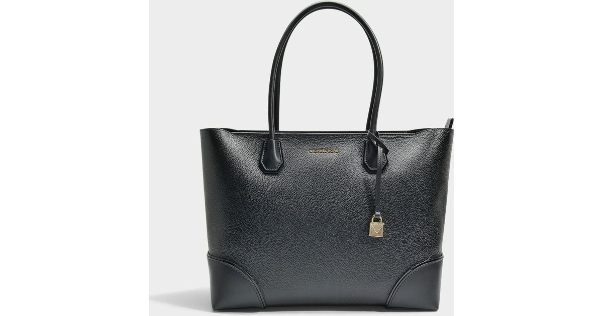 7ccd6a2edfb1 Lyst - MICHAEL Michael Kors Mercer Gallery Large East-west Top Zip Tote Bag  In Black Mercer Pebble Leather in Black