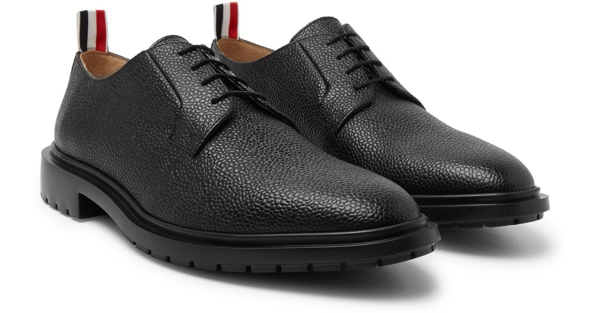 c8972601a132 Thom Browne Pebble-grain Derby Shoes in Black for Men - Lyst