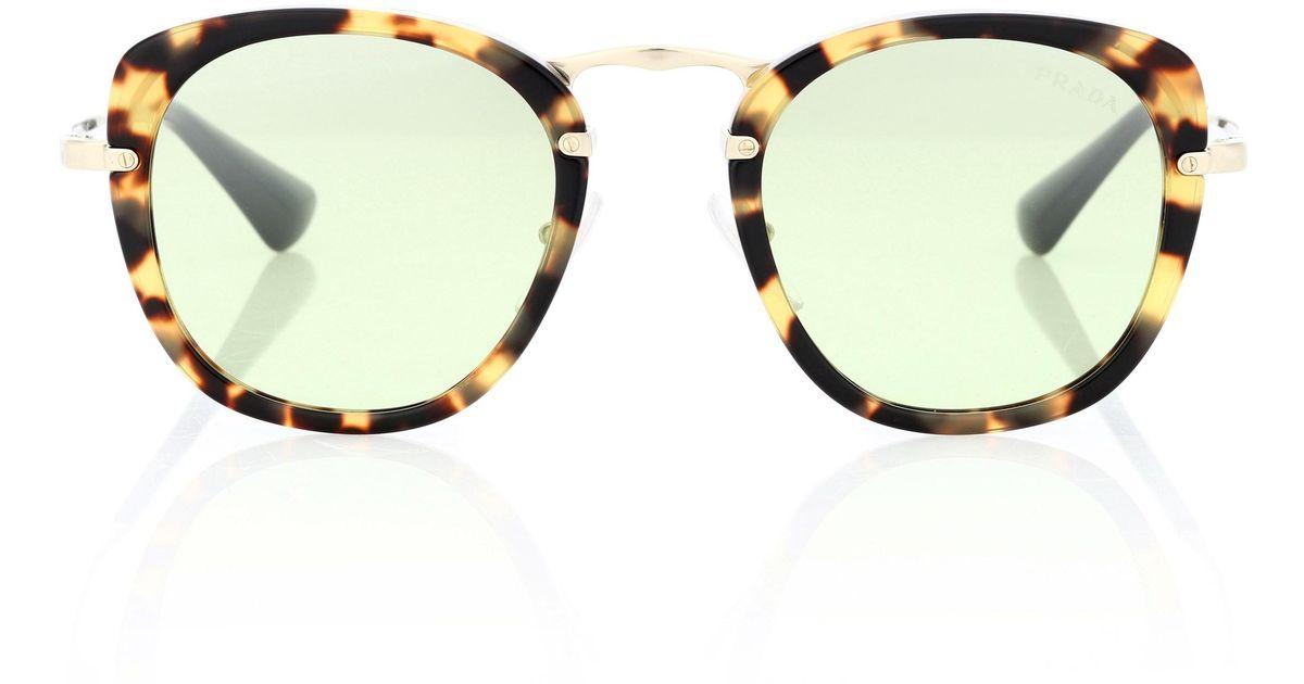 16c5b701ddc69 Prada Wanderer Square Sunglasses in Brown - Lyst