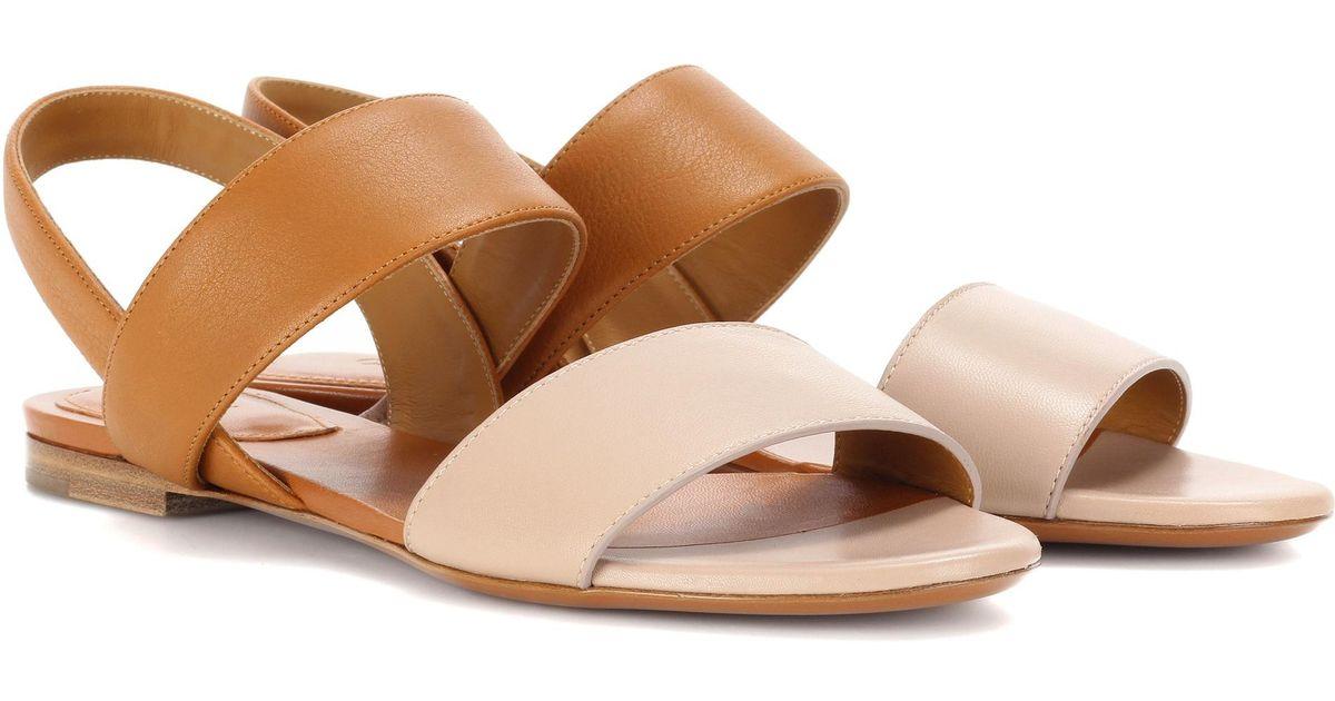 Chloé Brown Sandals Flat Leather Mia kTPZiOXwlu