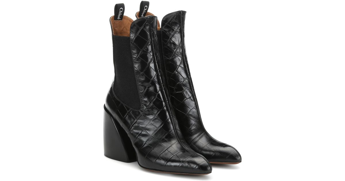 8342ac0d1c55 Lyst - Chloé Wave Embossed Leather Ankle Boots in Black