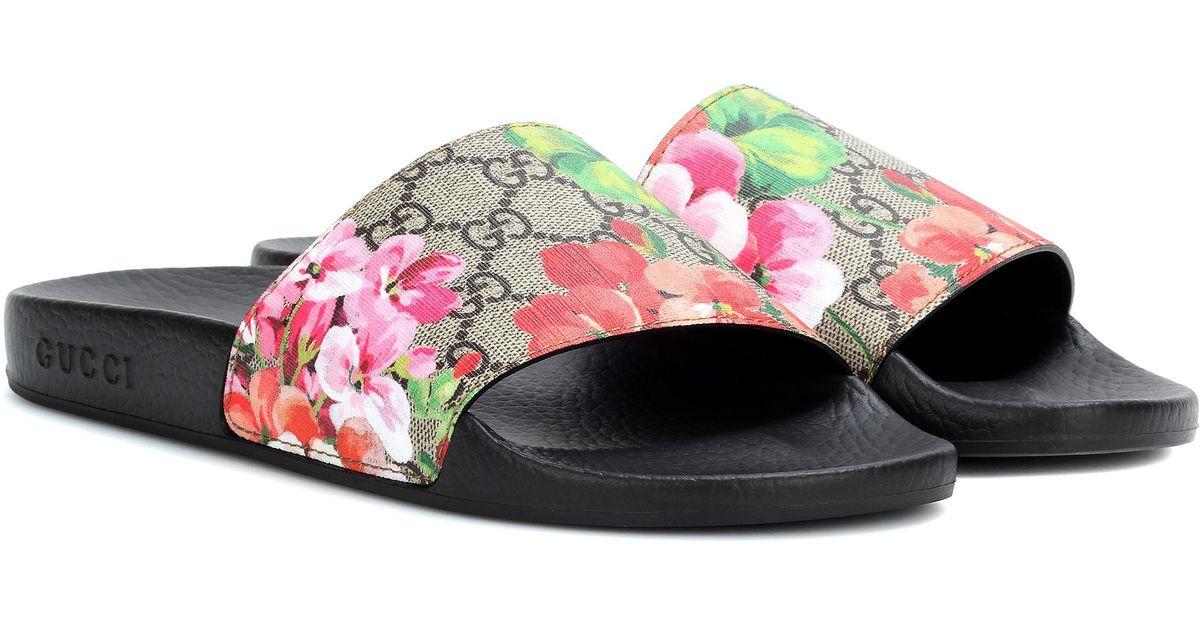 699659a0bec1e Lyst - Gucci GG Blooms Supreme Slides