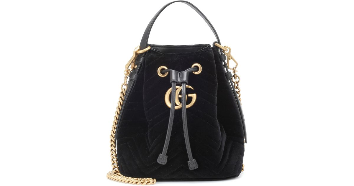 007752cacf1 Lyst - Gucci Gg Marmont Leather-trimmed Quilted Velvet Bucket Bag in Black  - Save 4%