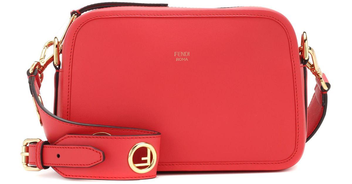 「FENDI Camera Case bag red」的圖片搜尋結果
