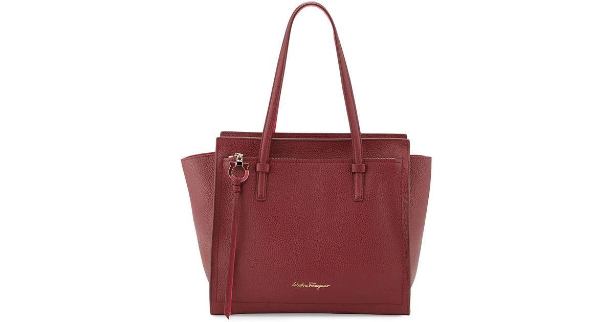 f6caf6b1ea Lyst - Ferragamo Amy Medium Gancio Leather Tote Bag in Red