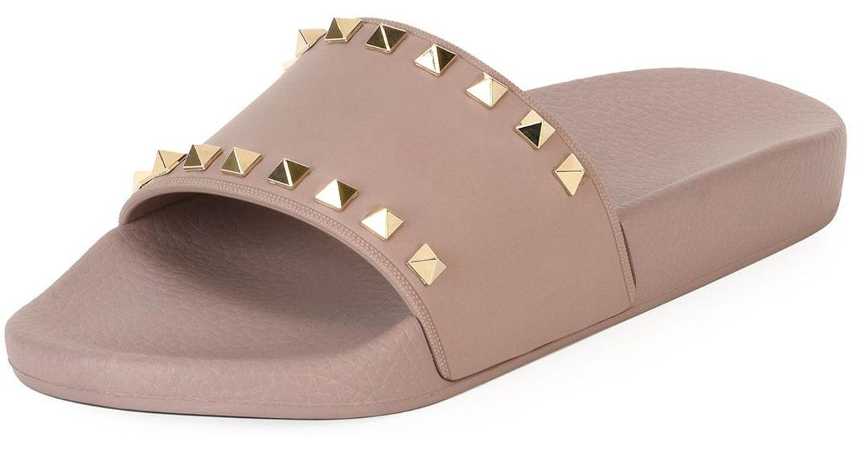 37f7f0413e93 Lyst - Valentino Rockstud Pool Slide Sandals - Save 30%