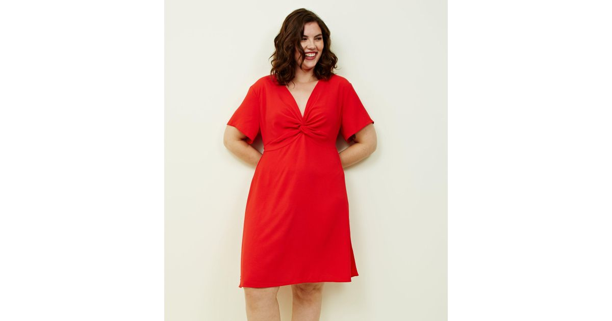 ef643dc2d3 New Look Curves Red Twist Front Dress in Red - Lyst