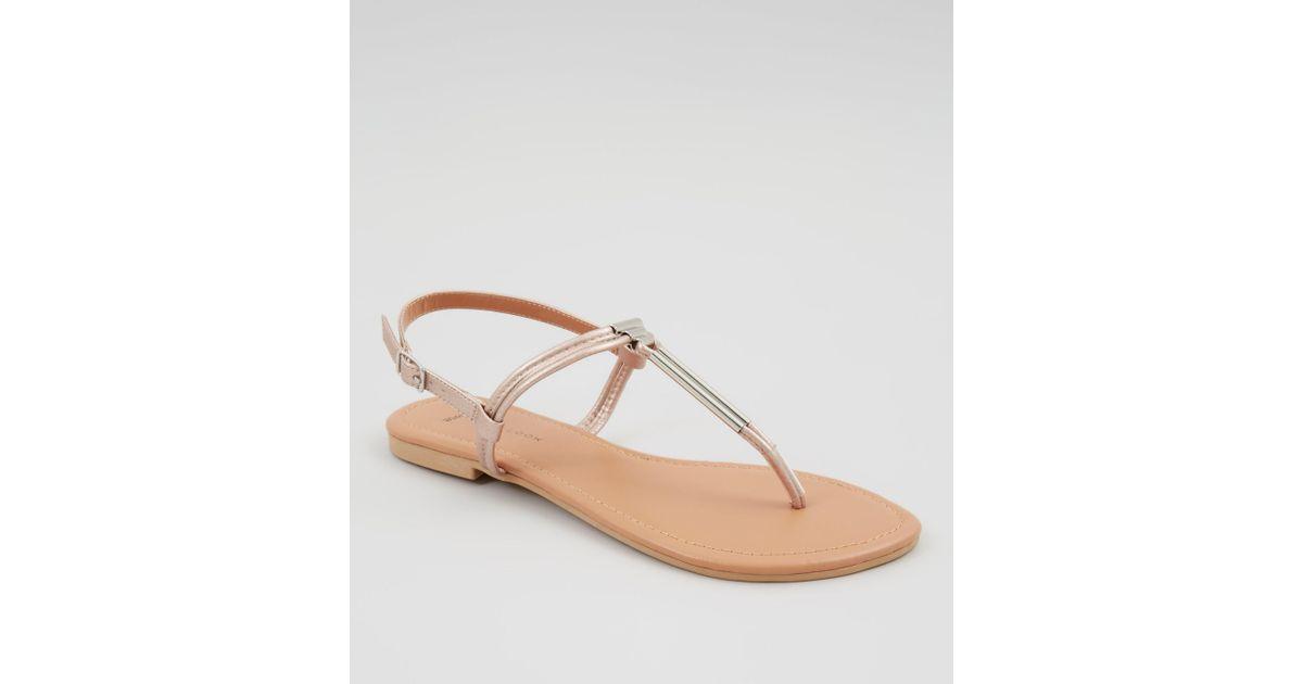 ef9dbb3a4cc6 New Look Wide Fit Rose Gold Toe Post Metal Bar Sandals - Lyst