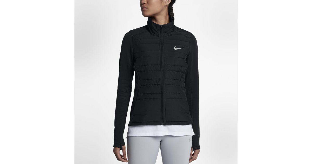 9757dbfd507a Lyst - Nike Essential Filled in Black