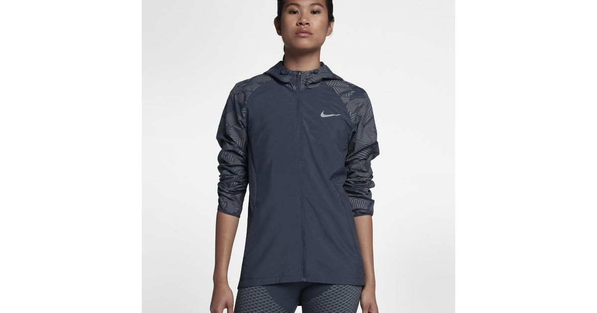 5537c576dc Nike Essential Flash Women's Running Jacket in Blue - Lyst