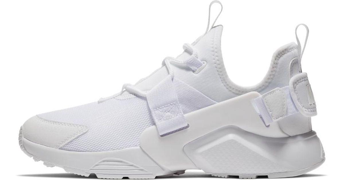 Nike White Air Huarache City Low Women's Shoe