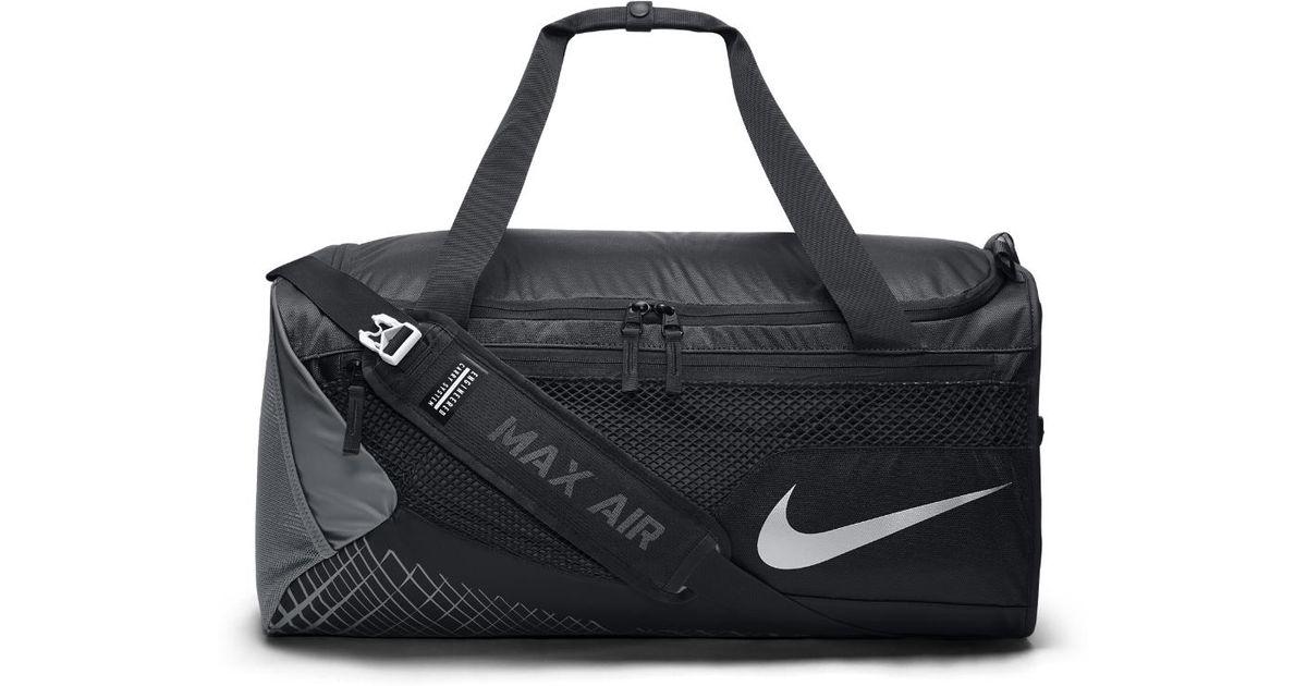 Lyst - Nike Vapor Max Air (medium) Training Duffel Bag (black) - Clearance  Sale in Black for Men 66fbc853e38e7