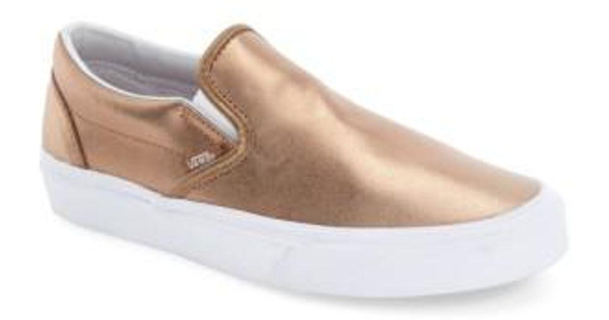 00213d62949 Lyst - Vans Classic Slip-on Sneaker in Metallic
