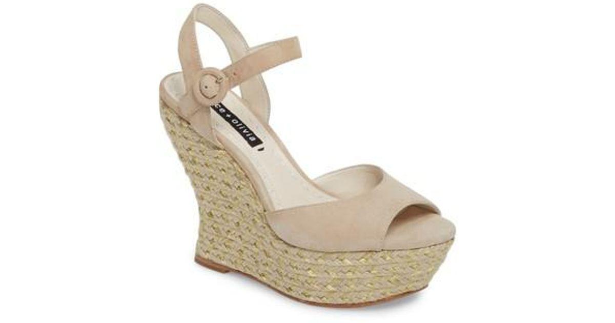 1e17a336df09 Lyst - Alice + Olivia Jana Wedge Platform Sandal