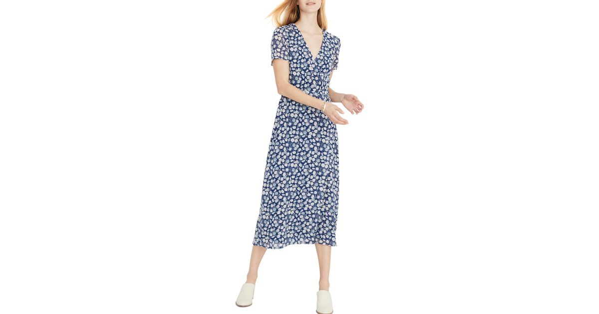 6a8b5aa05ad Lyst - Madewell Floral Wrap Front Midi Dress in Blue