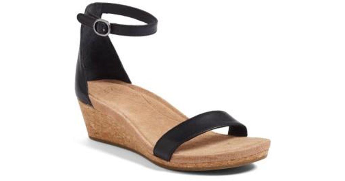 Ugg Ugg Emilia Wedge Sandal In Black Lyst