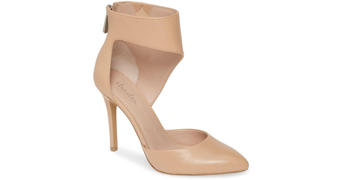 Hush Puppies Leather Chaste Ballet Flat in Nude Leather