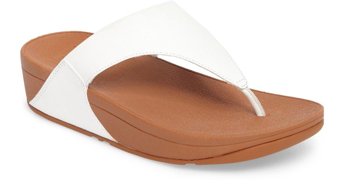 017e4f94a9ca1 Lyst - Fitflop White Leather  lulu  Mid Flatform Heel Flip Flops in White