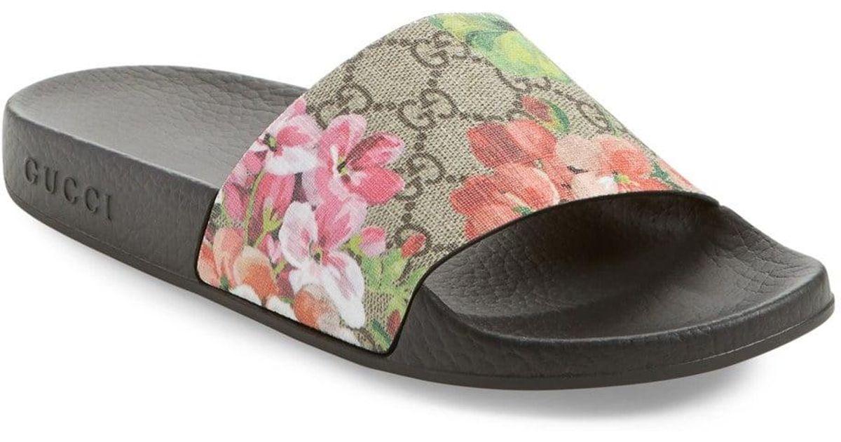 52edda2e436 Lyst - Gucci Blooms Supreme Canvas Slides