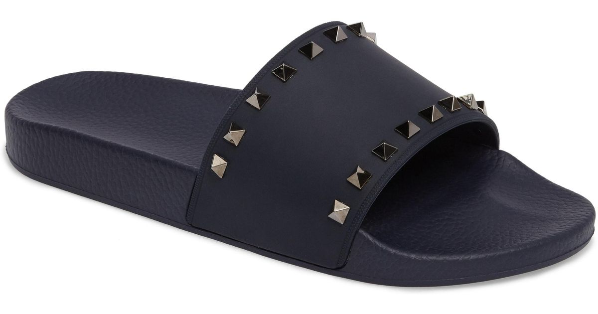 a9d4697b386 Valentino Garavani Rockstud Rubber Slides in Blue for Men - Save 50% - Lyst