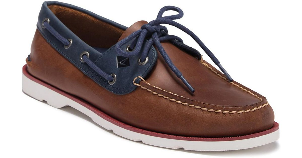 4b0197d572f Lyst - Sperry Top-Sider Leeward 2-eye Leather Nautical Boat Shoe - Wide  Width Available in Blue for Men