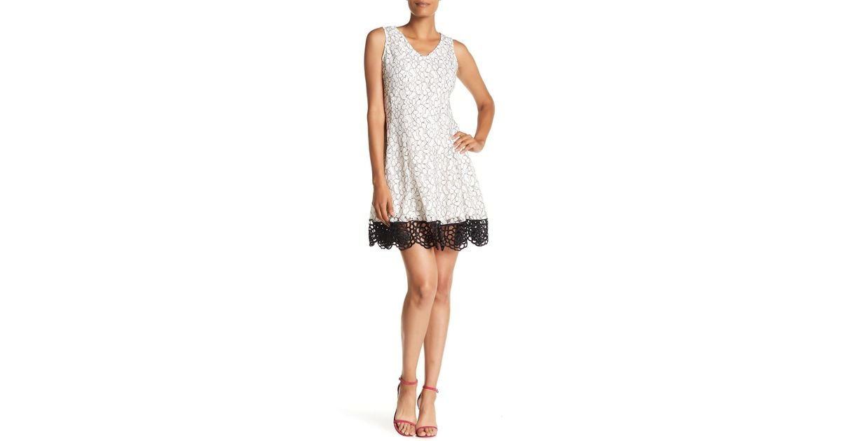 3760f7c5 Donna Ricco Bonded Lace Dress in White - Lyst