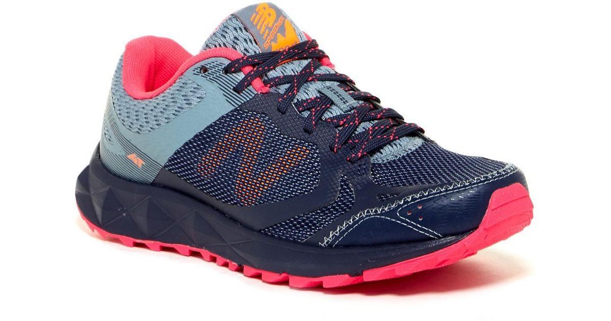 new balance trail shoes wide