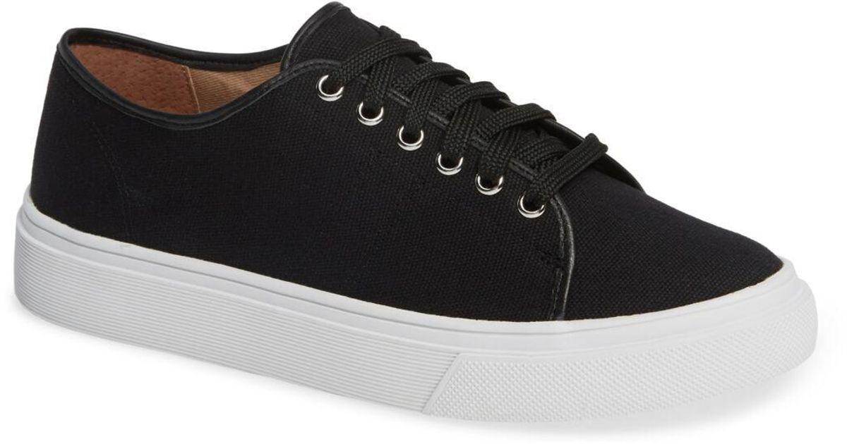 Caslon Ethan Low-top Sneaker in Black