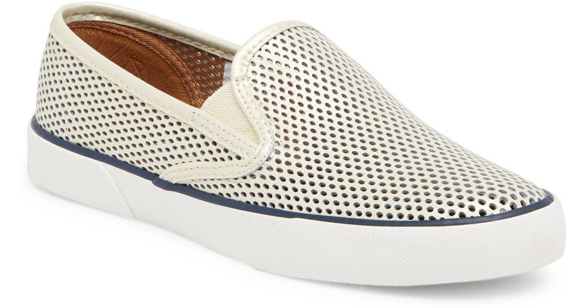 Sperry Pierside Perforated Sneaker Ga4QGvBC95