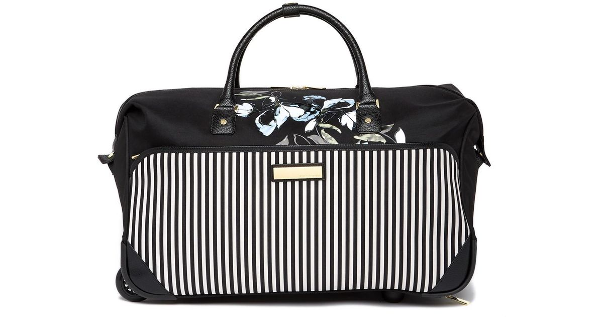 Lyst - Vince Camuto Silviee 22