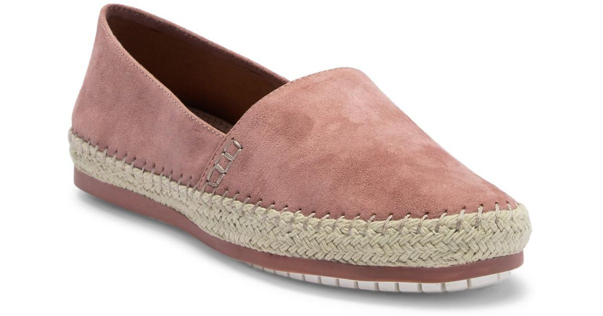 Me Too Remi Suede Moc Loafer K8izh0
