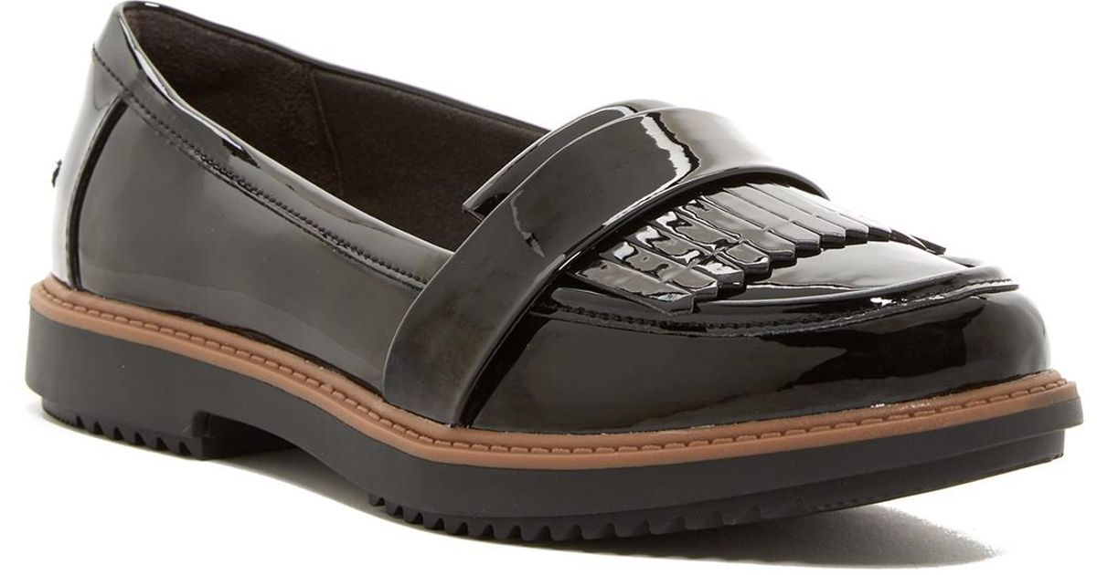 53156c2db1f Lyst - Clarks Raise Theresa Loafer in Black