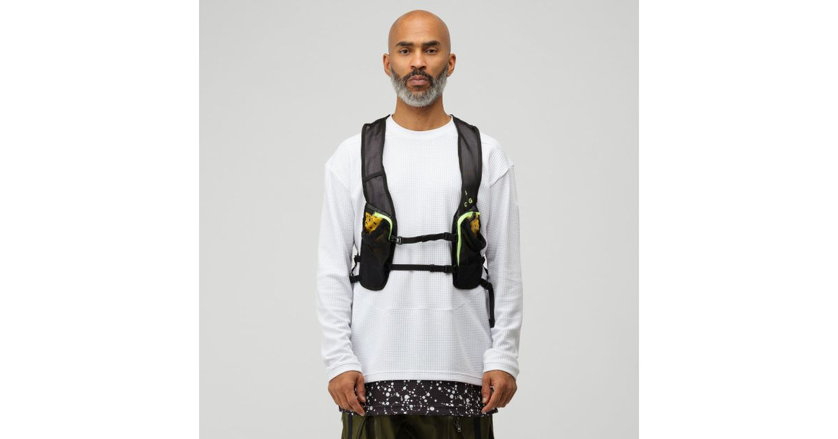 979e9638c5 Nike Acg Hydration Race Vest In Yellow Ochre/black in Black for Men - Lyst