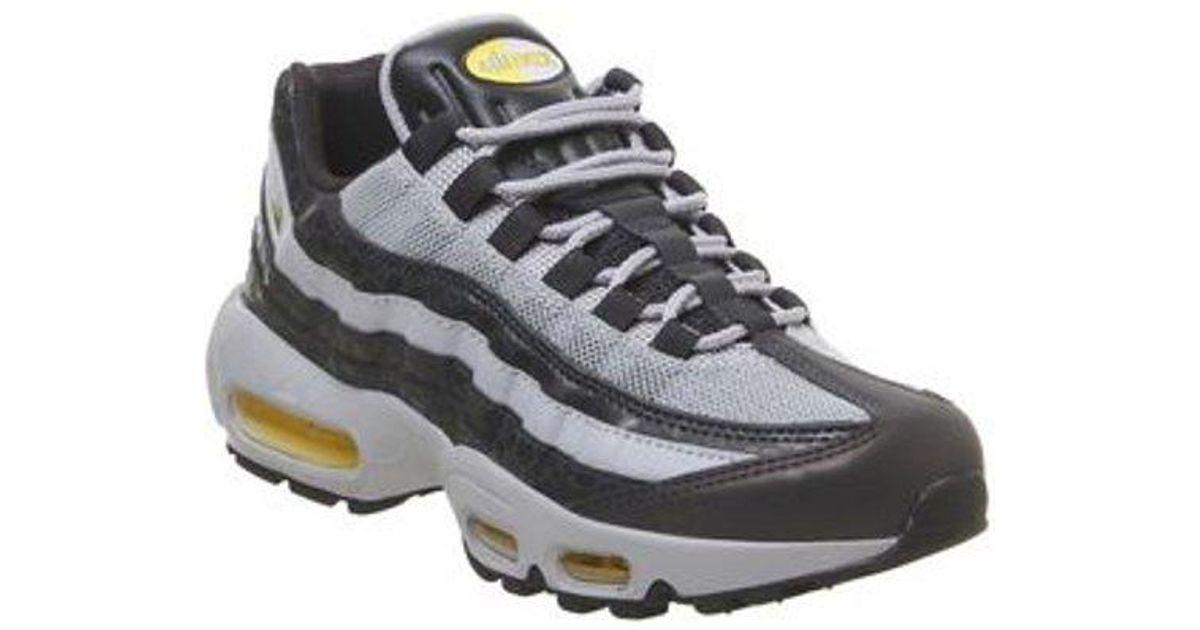 detailed look a3f39 17ef1 Nike Black Air Max 95 E