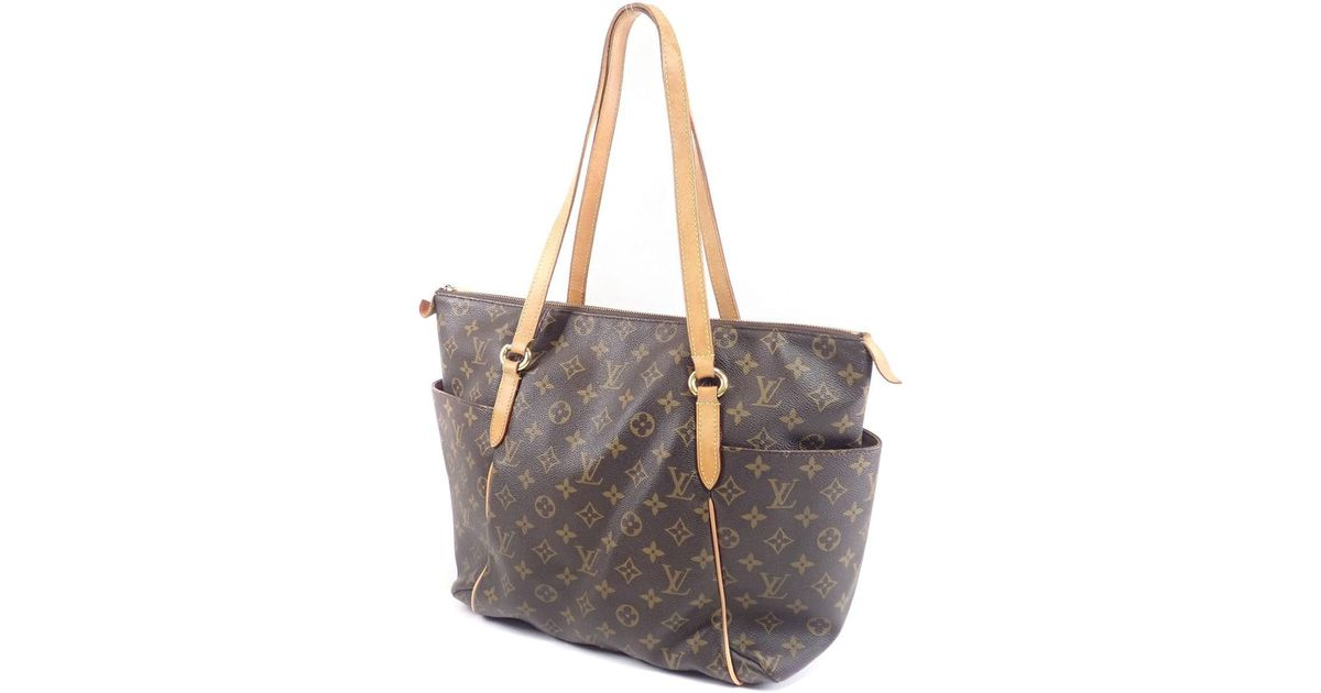 3f189c3ac4d4 Lyst - Louis Vuitton Monogram Canvas Tote Bag M41015 Totally Mm in Brown