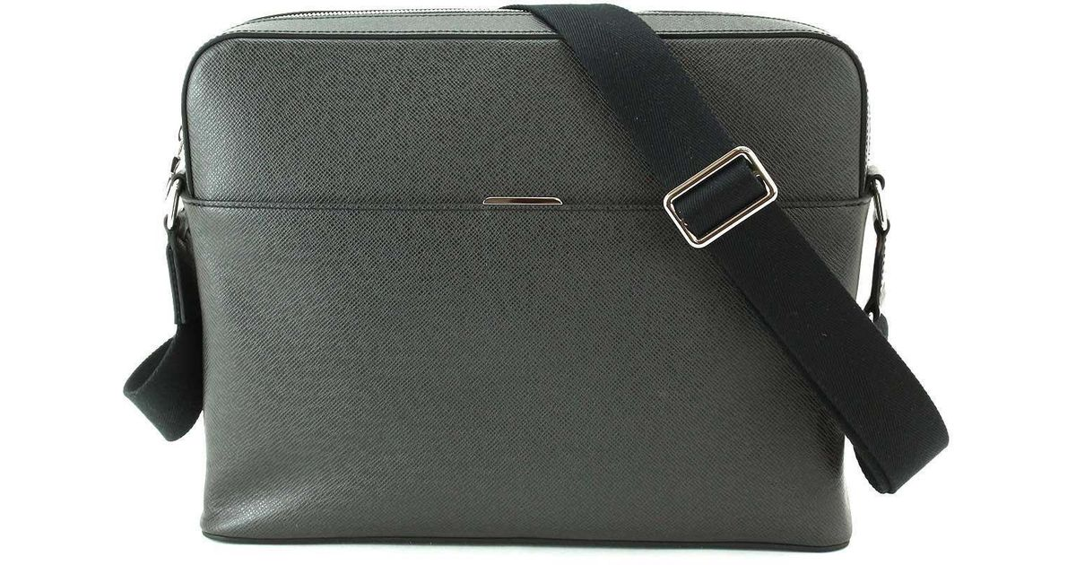 2f729ec8a635 Lyst - Louis Vuitton Taiga Anton Messenger Shoulder Bag Ardoise 90042479..  in Black
