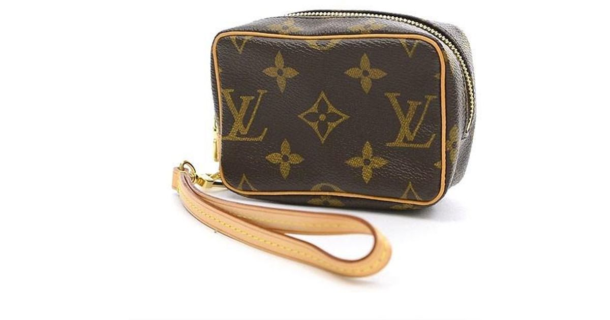 low priced c8ebc 8747e Louis Vuitton Brown Monogram Truth Wapiti Digital Camera Case Mini Pouch  M58030