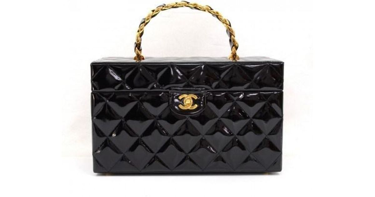 ed704692419b Lyst - Chanel Vintage Vanity Black Patent Leather Large Cosmetic Hand Bag  in Black