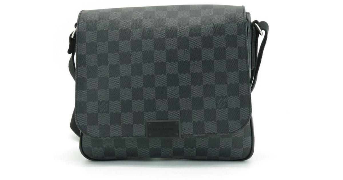 ebd99d683222 Lyst - Louis Vuitton Auth District Pm N41260 Damier Graphite Shoulder Bag  in Black