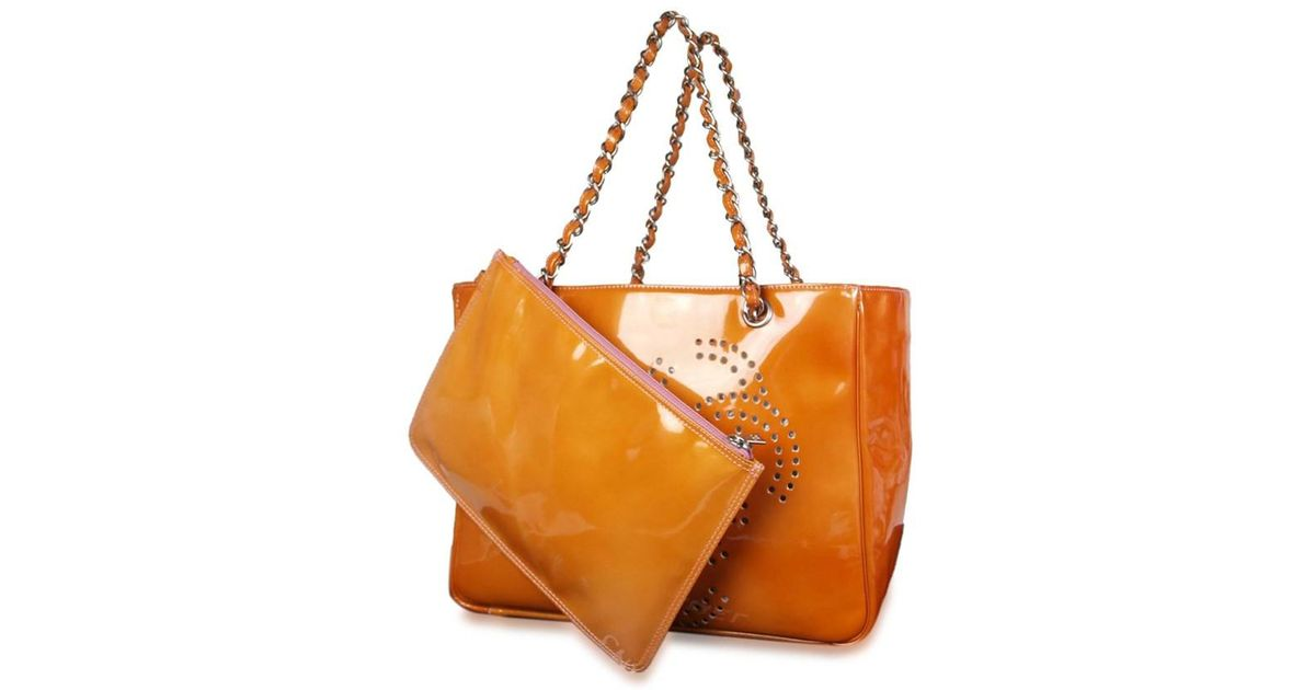 Lyst Chanel Cc Logos Patent Leather Orange Chain Shoulder Bag In