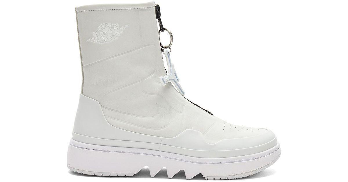 sale retailer 34e5c e8069 Nike White Air Jordan Jester Sneaker