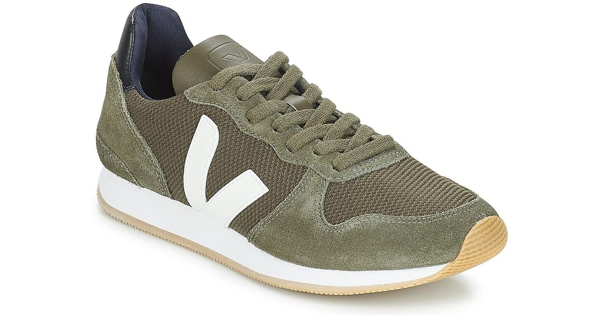 Veja Holiday Lt Shoes (trainers) in