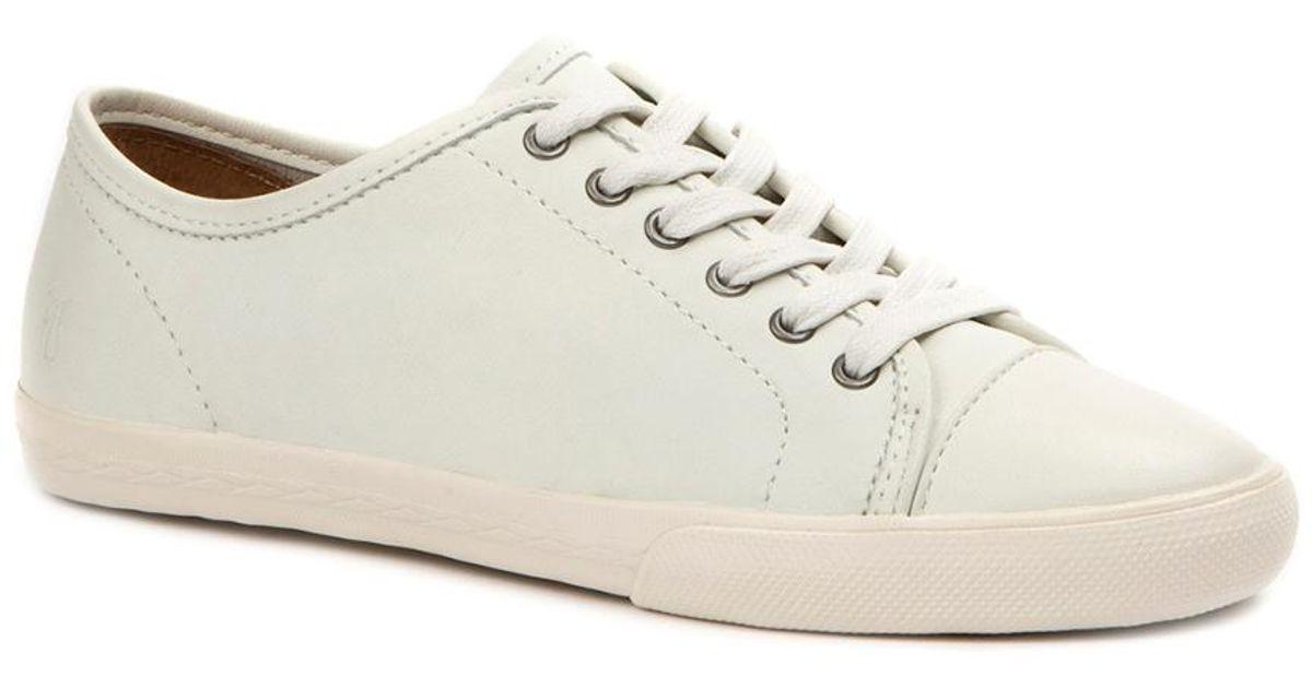 Frye Mindy Low Lace Sneaker in White - Lyst