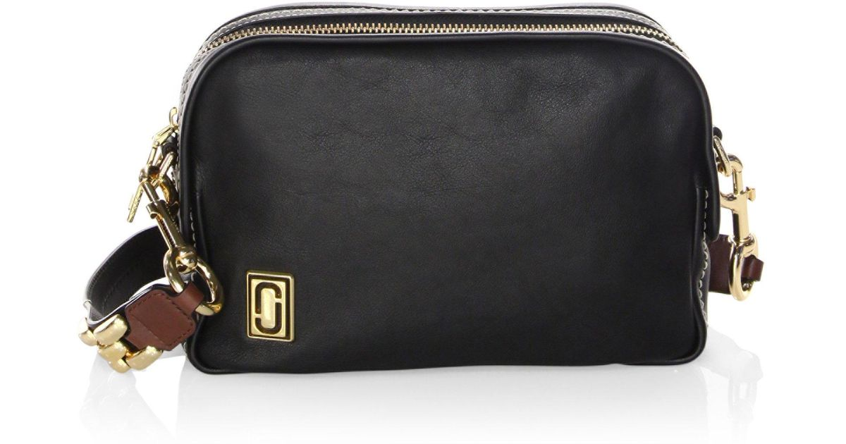 8163a2bf4e7 Lyst - Marc Jacobs Squeeze Leather Crossbody Bag in Black