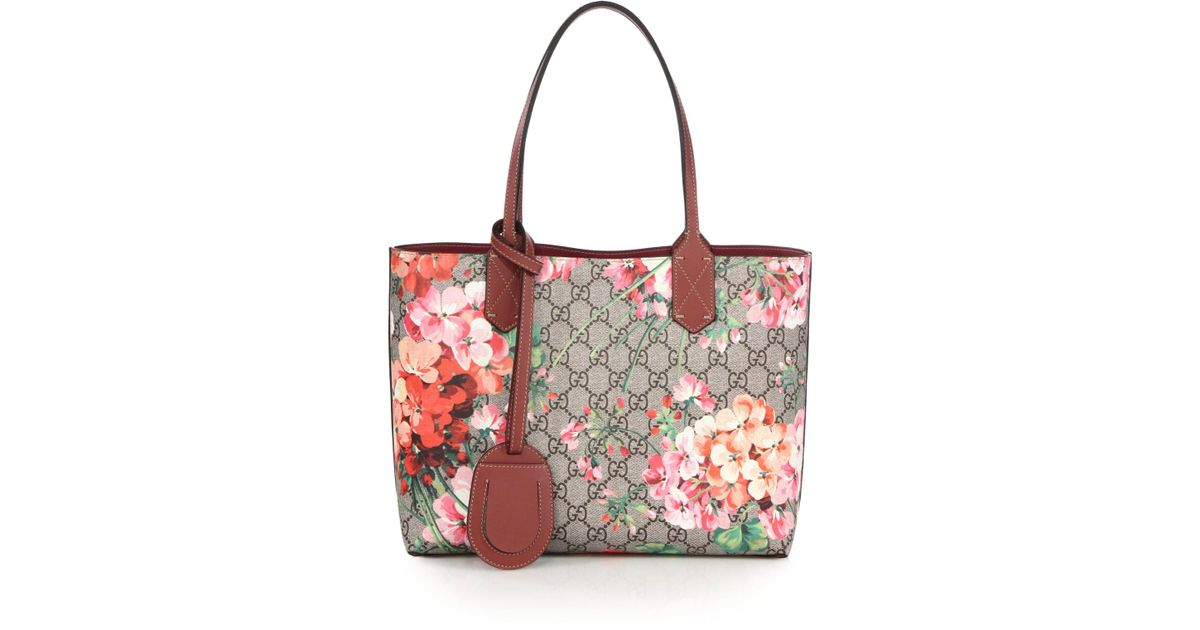 0d65a4300d5194 Gucci Gg Blooms Small Reversible Tote in Pink - Lyst