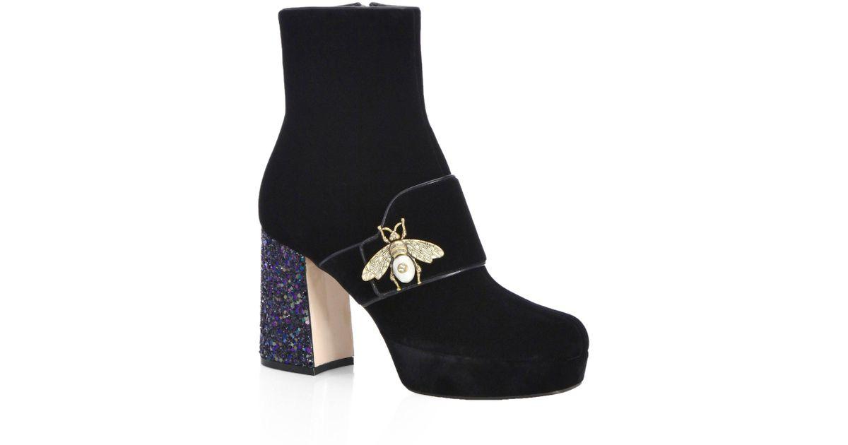 fee33491a Gucci Soko Glitter Heel Velvet Booties in Black - Lyst