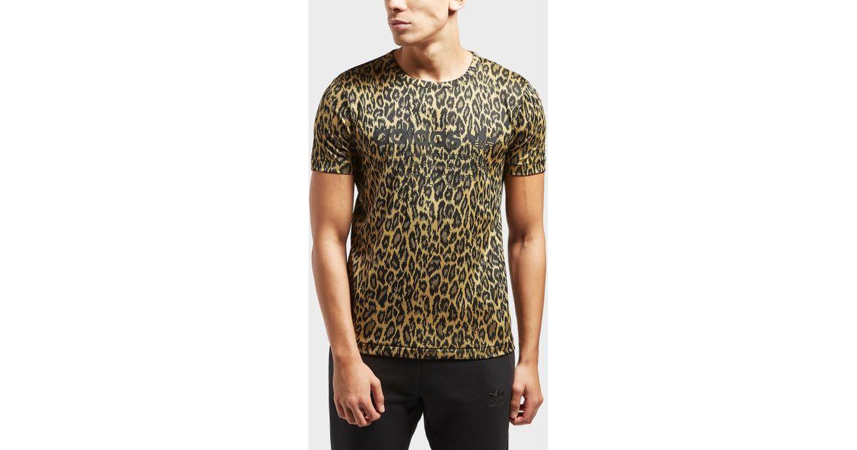 Lyst adidas originali nmd leopardo a maniche corte t - shirt per gli uomini.